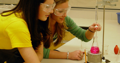 science-students-1241156