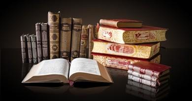 books-1702790_640