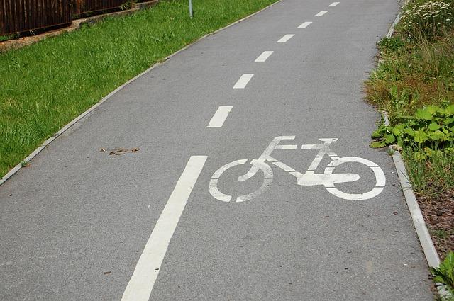 bike-427954_640