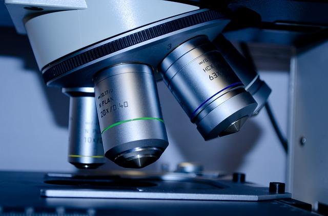 microscope-275984_640