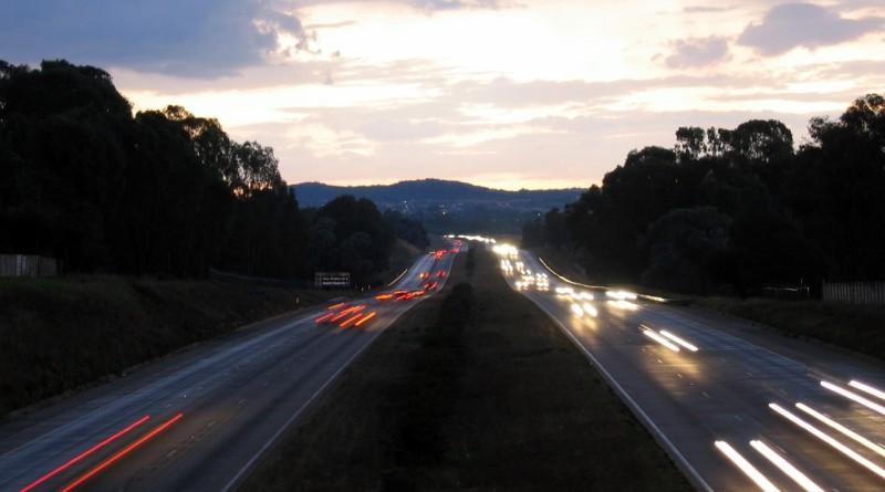 dusky-traffic-1410196-1280x960