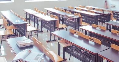 classroom-2787754_960_720