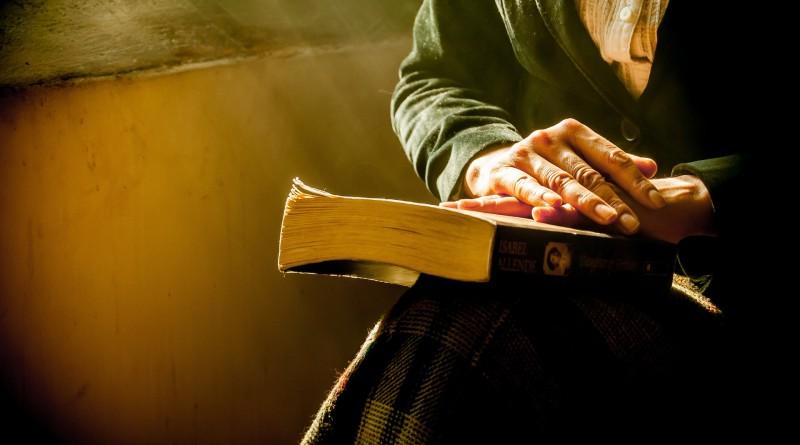 book-1421097_1920