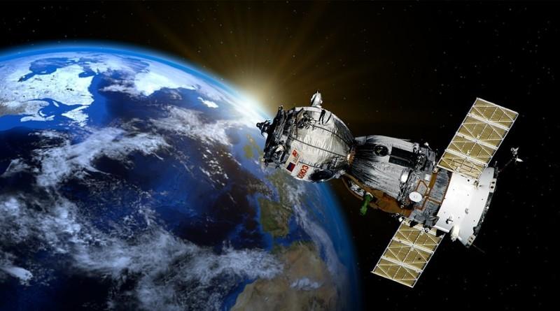 satellite-2771128_960_720